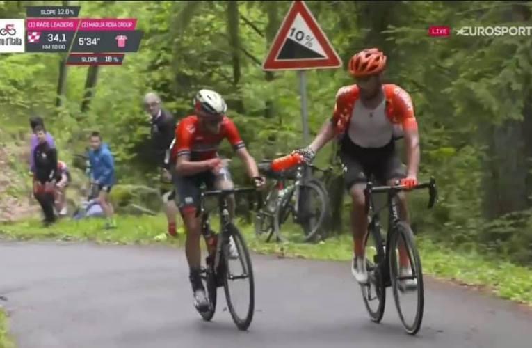 Giro d'Italia: Nibali attacca sul Mortirolo, Ventosa gli passa la borraccia.