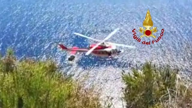 Muore cadendo da scogliera a Pantelleria: così è stata recuperata salma|VIDEO