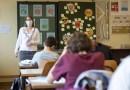 Scuola, accordo in maggioranza: concorso per assumere 32mila precari dopo l'estate