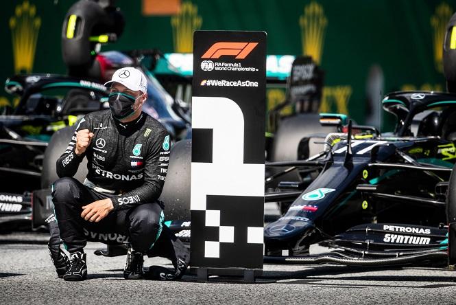 Gp d'Austria: Valtteri Bottas su Mercedes vince la gara inaugurale.