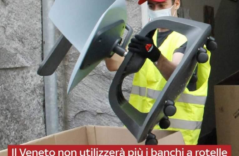"""Scuola, il Veneto accantona i banchi a rotelle. L'assessore: """"Causano mal di schiena"""""""