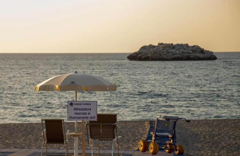 Brolo (Me) – Spiaggia attrezzata per disabili a Brolo: le dichiarazioni dell'Assessore Fioravanti