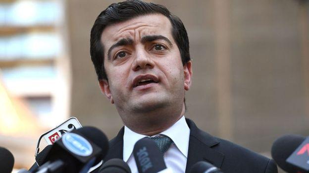 Australian senator Sam Dastyari racially abused at pub