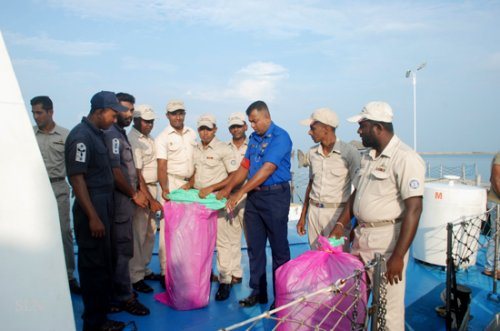 Sri Lanka Navy finds 150 kg stock of abandoned Kerala cannabis in northern seas