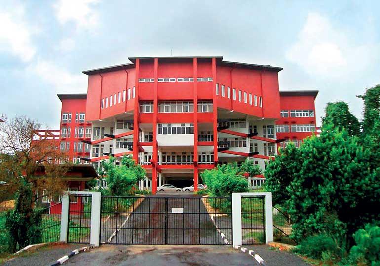 Supreme Court informed of SAITM recommendations, postpones hearing of SLMC petition