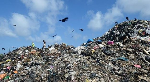 Strict legal action against people indiscriminately disposing waste in Colombo city