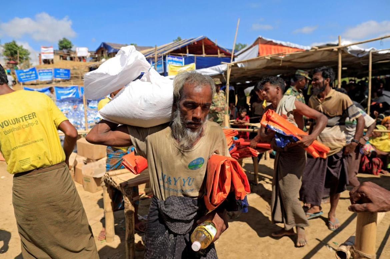 Bangladesh, Myanmar sign Rohingya return deal