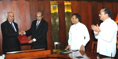 Sri Lanka gifts a plot of land for a new Chancery Building for the State of Palestine