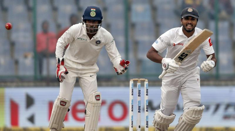 SL v IND: Skipper Chandimal and Mathews score centuries in a 181 run partnership
