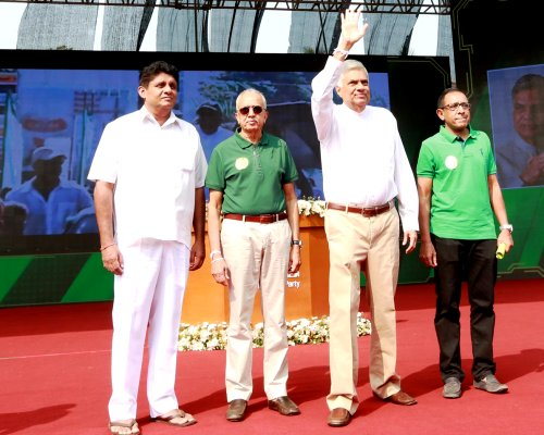 PM requests public to give a clear mandate to UNP at local polls to accelerate economic development