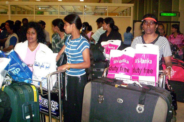 Nearly 4,000 Sri Lankan migrant workers return home from Kuwait
