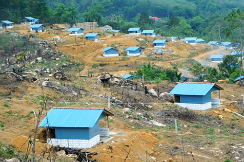 USAID, IOM hand over new homes to Sri Lanka flood, landslide victims