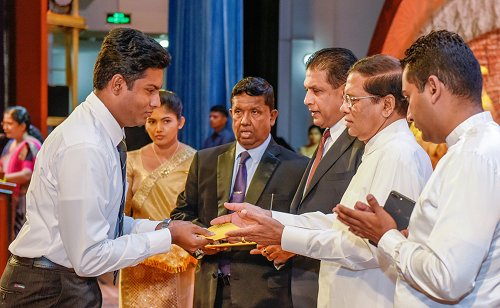 Sri Lankan President emphasizes on increasing timber imports to preserve forests