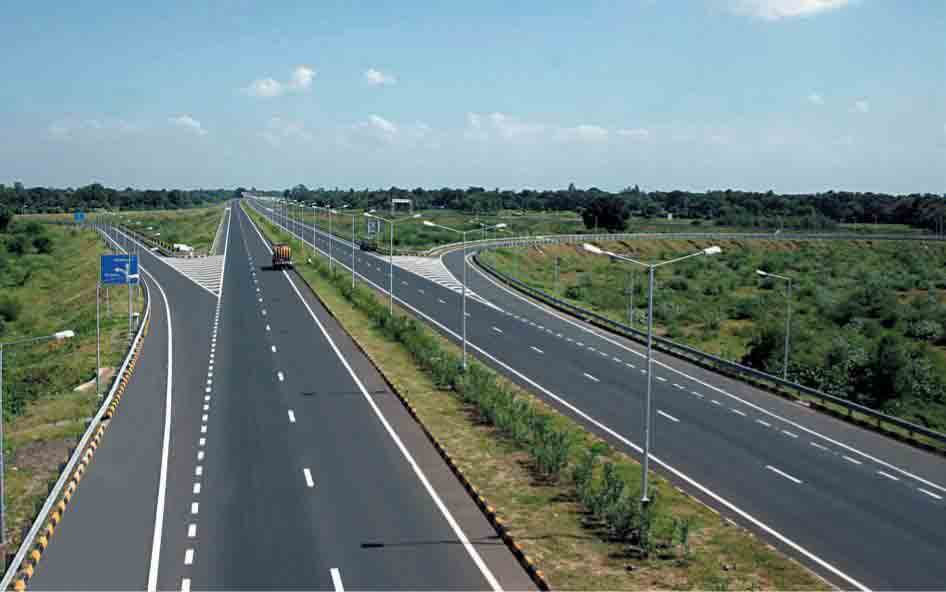 Construction work on Extension of Southern Expressway exceeding target – RDA