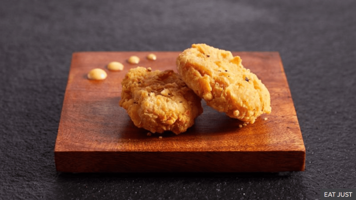 Singapore; lab grown 'chicken meat' approved