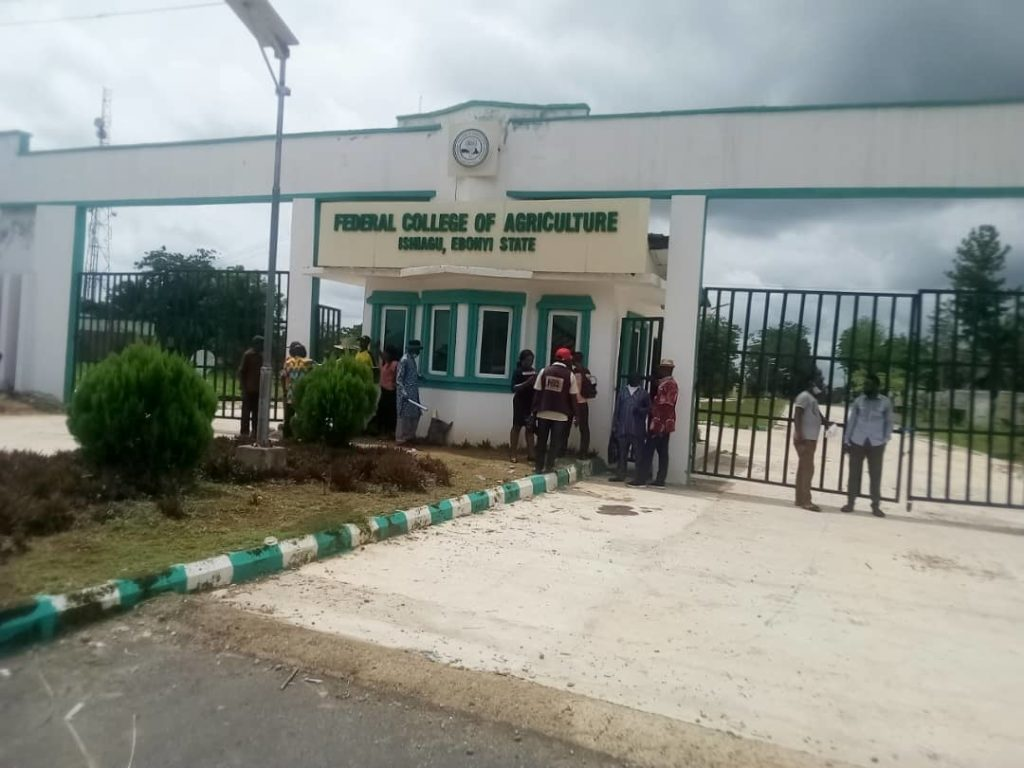 Labour unions at the Federal College of Agriculture, Ishiagu (FECAI), Ebonyi, on Monday staged a peaceful protest at the institution's premises. The protesters shut the institution gates over allegations of maladministration by some staff members of the university. A News Agency of Nigeria correspondent who was the scene of the protest, reports that the unions […]