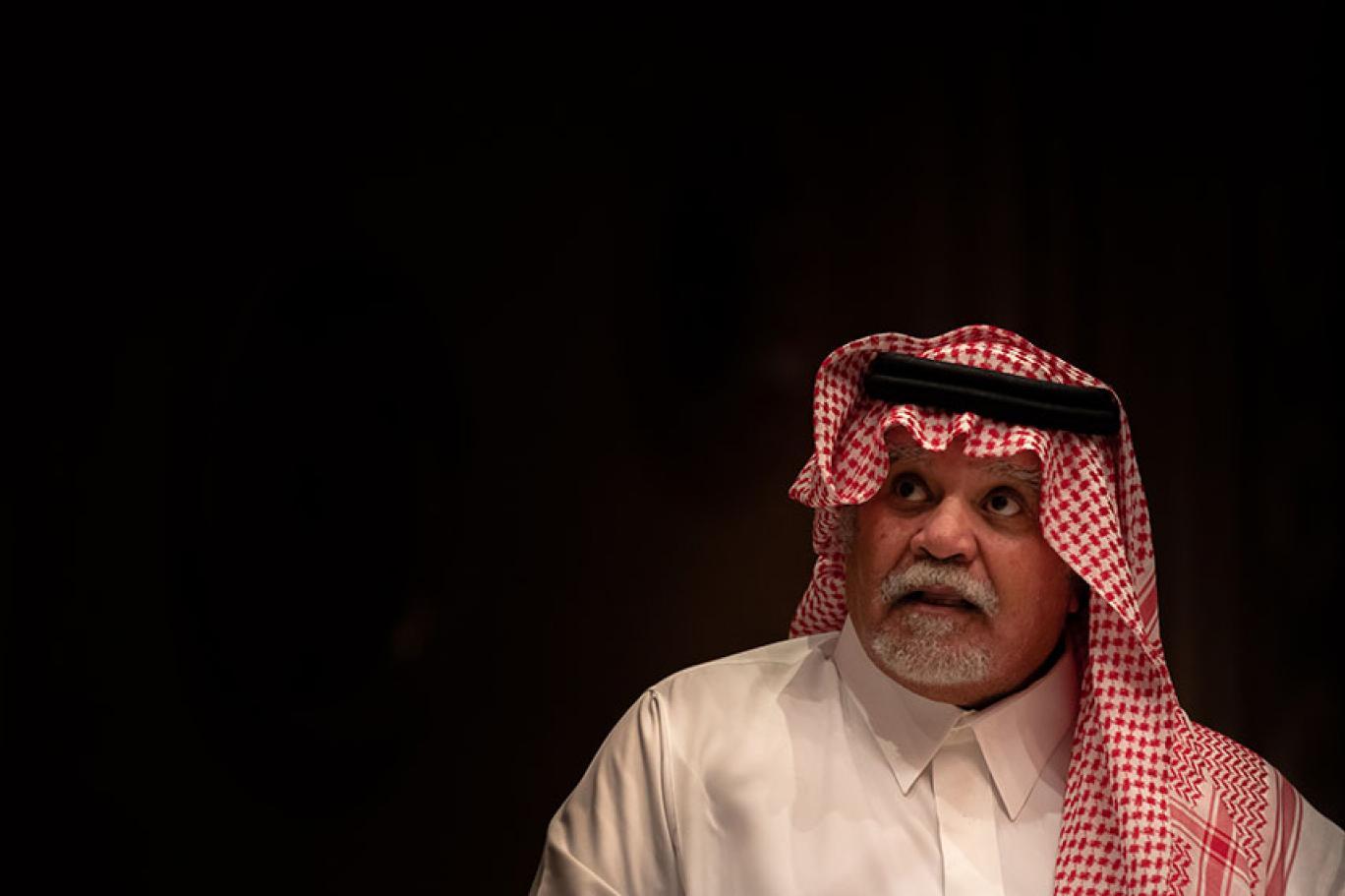 بندر بن سلطان دعمنا صدام في حربه مع إيران بعد تهديدات