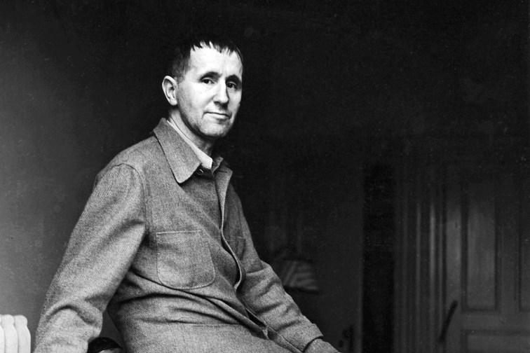 Bertolt Brecht1.jpg