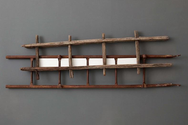 Davide Genna, Nuvole - 2013 scala in metallo , scala in legno, tavola sagomata e acrilico 175 x 58
