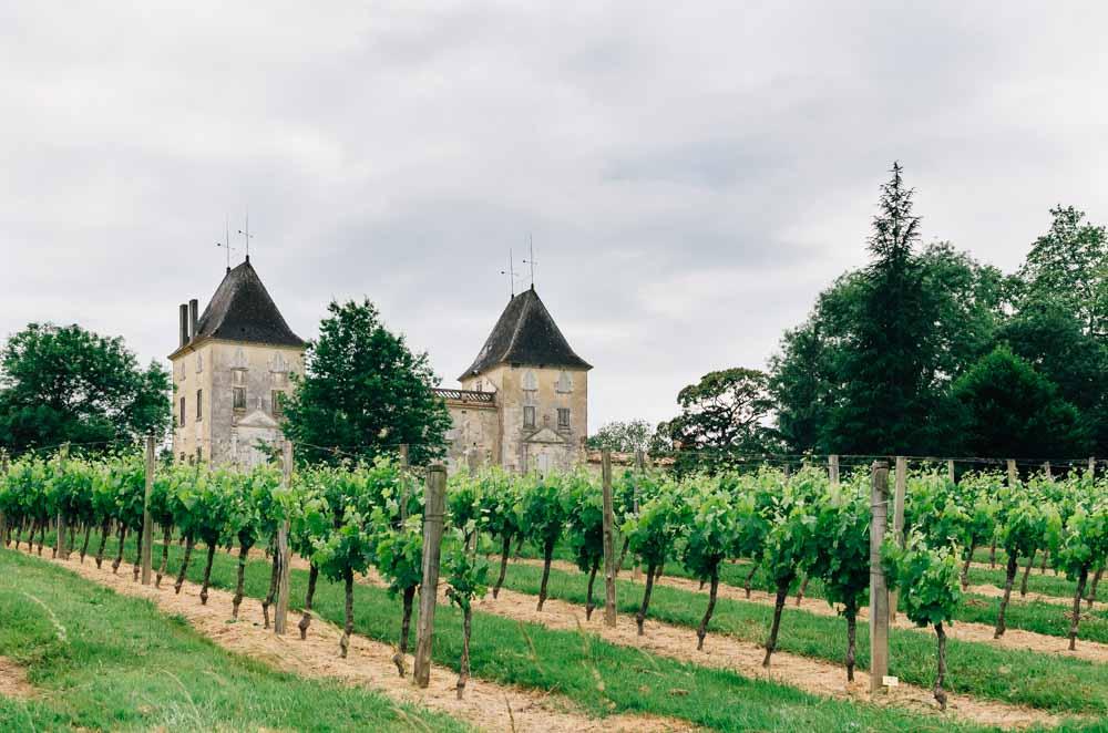 aquitaine bordeaux castle wine
