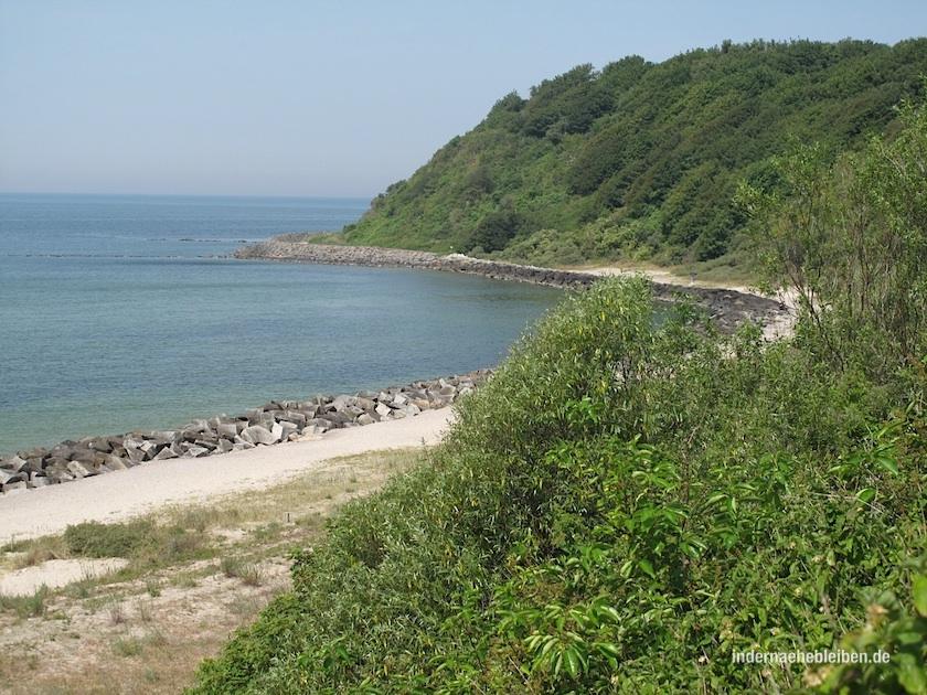 """""""Hoch stand der Sanddorn am Strand von Hiddensee..."""" sang Nina Hagen, ohne je auf der Insel gewesen zu sein. Die Plätze in den Erholungsheimen der DDR waren heiß begehrt und streng reglementiert."""