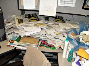 0messy-desk.jpg__800x600_q85_crop
