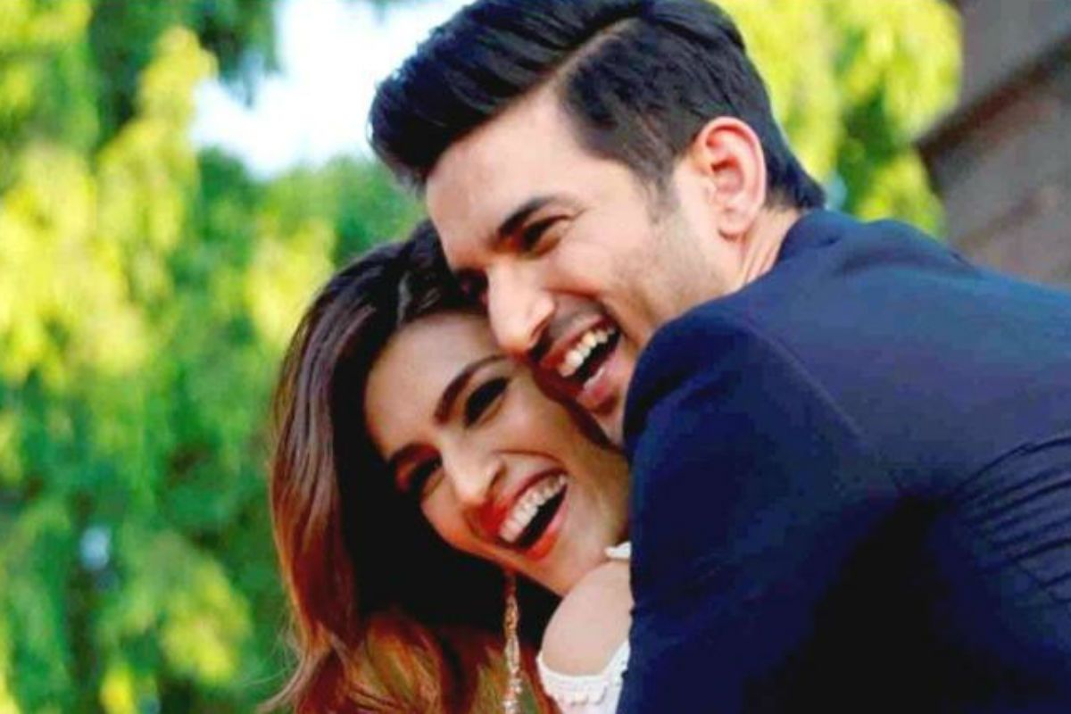 It's Gonna be Hard to Watch This One! Kriti Sanon Promotes Sushant Singh Rajput's Last Film 39