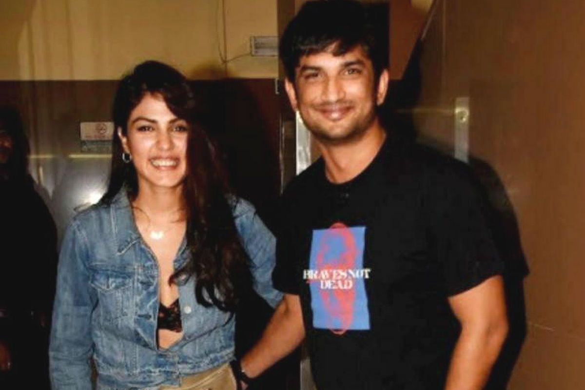 Sushant Rajput Case Death Case: Centre Moves Supreme Court in Patna vs Mumbai Fight, Impleads Itself in Rhea Chakraborty's Petition