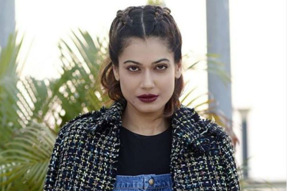 Payal Rohatgi's Twitter Account Suspended Again, Urges People to Help Restoring Her Profile 117