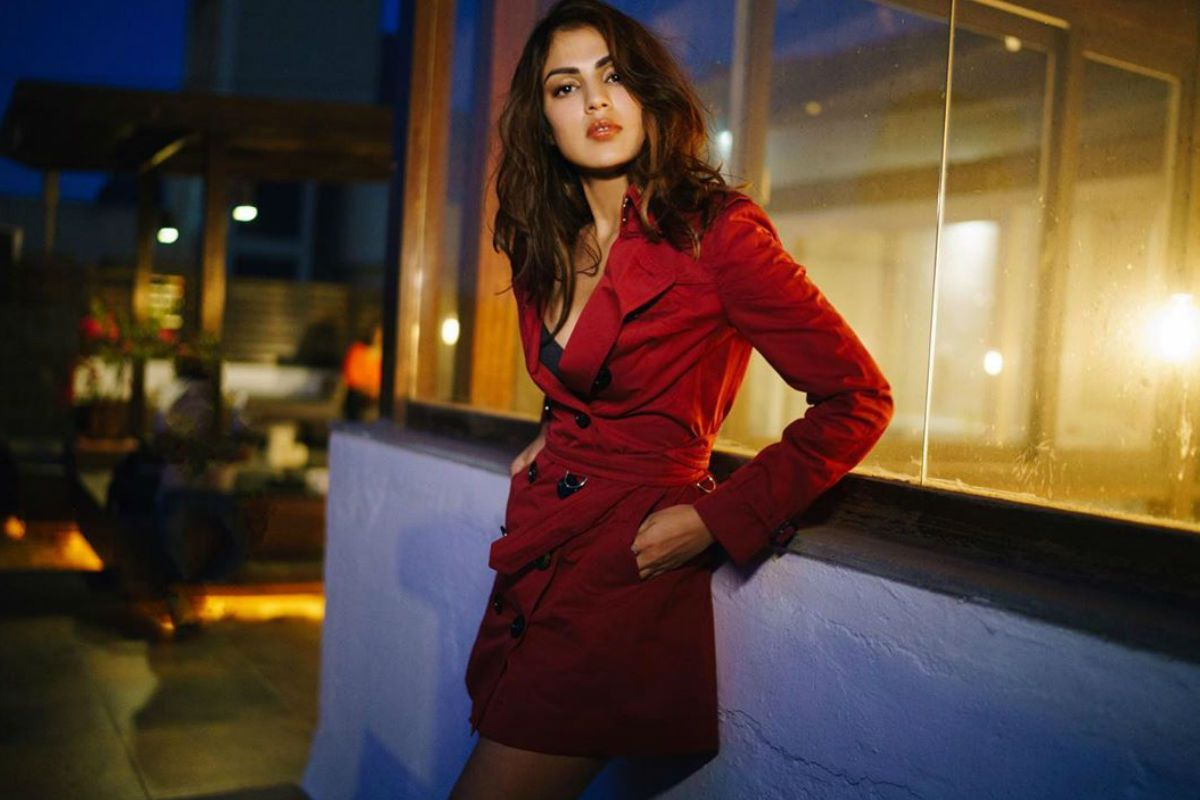 Sushant Singh Rajput Death Case: Rhea Chakraborty is Not Missing, Claims Her Lawyer