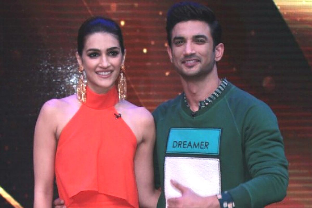 Kriti Sanon Writes 'Truth is Like Sun, It's Always There' as Probe Begins in Sushant Singh Rajput Case