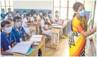 Private Schools in Noida Struggle to Get Students Back in Classrooms