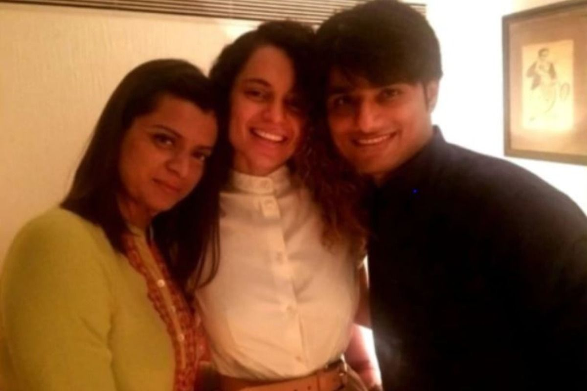 Sandip Ssingh's Throwback Picture With Kangana Ranaut And Sister Rangoli Chandel Goes Viral