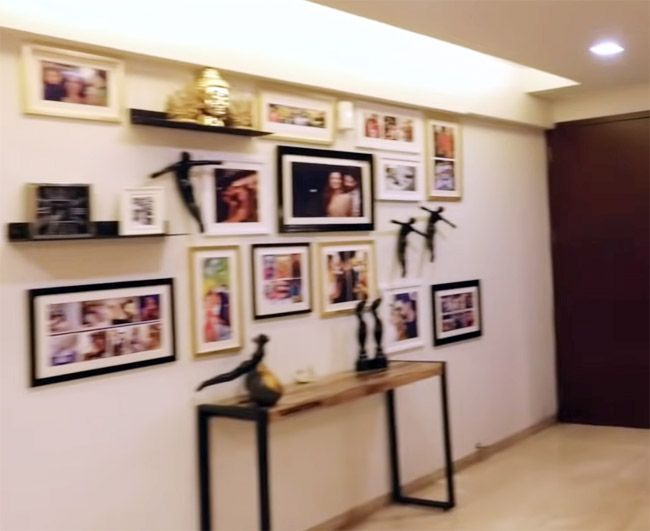 Inside Ravi Dubey and Sargun Mehta's Plush Home: Amazing View Of Mumbai Skyline, an in-House Bar, Classy Chandelier and More