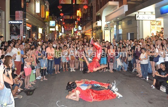 Street Performers at China Town