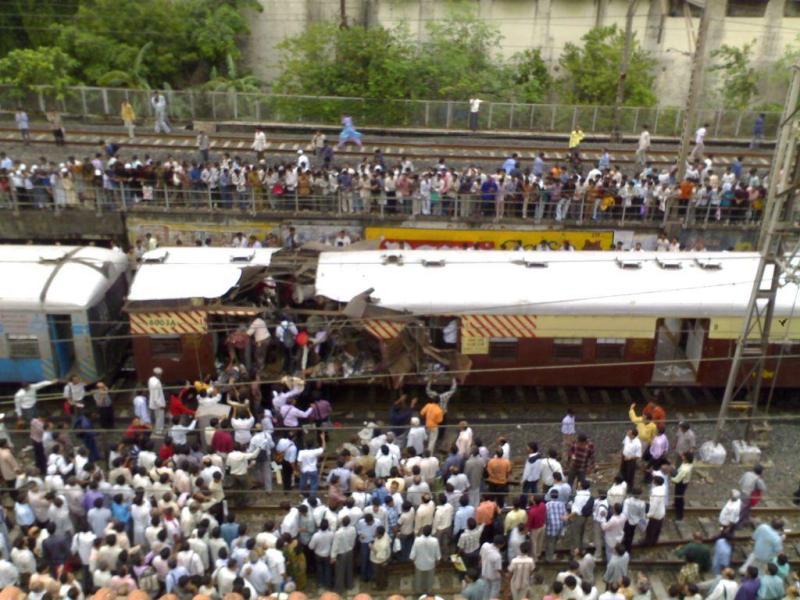 terror 7-11 mumbai bomb blast_01