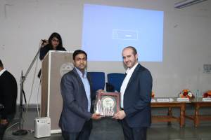 Naveen Agarwal presenting a memento to Prof Samir at Developers tutorial in Panjab University
