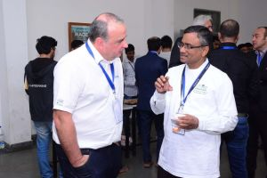 Thierry engages in a conversation at Developers tutorial in IIIT Hyderabad