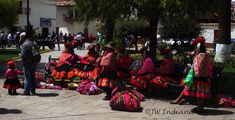 Market day at Urumbamba.......I love the brightly coloured fabrics and weavings of the traditional Andean style.