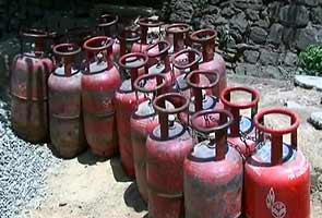 LPG_cylinders_indianbureaucracy