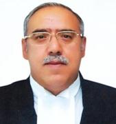 Justice Deepak Gupta-indianbureaucracy