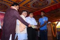 Government to Handloom Weaver_indianbureaucrcacy