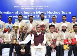 vijay-goel-hockey-team-indian-bureaucracy