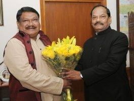jharkhand-cm-calls-on-jual-oram-indian-bureaucracy