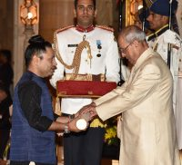 Padma Shri Award to Shri Kailash Kher -IndianBureaucracy