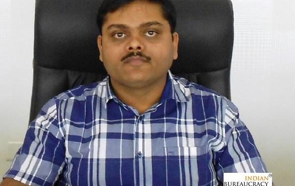 Tamboli Ayyaj Fakirbhai IAS
