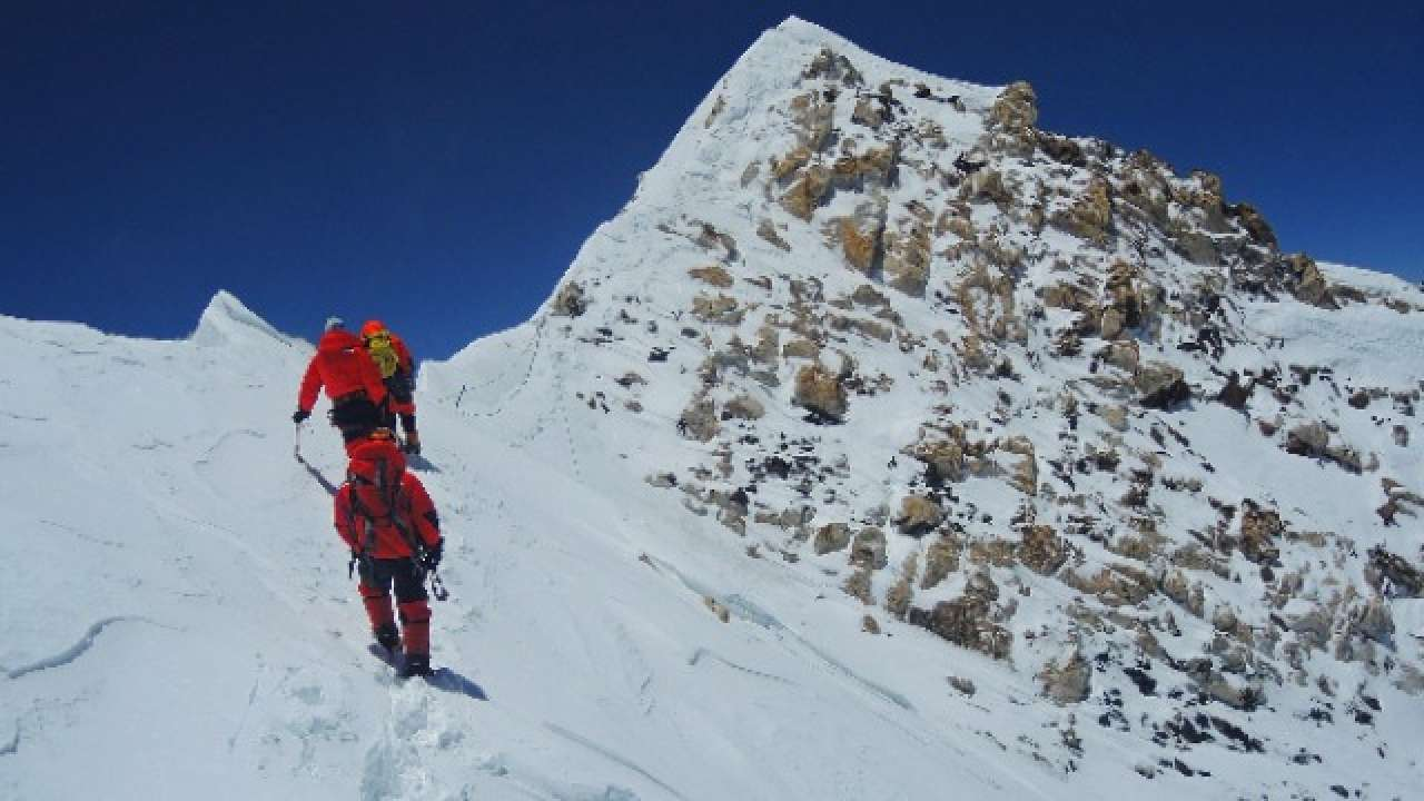 137 Mountain Peaks across 4 States opened to foreigners for mountaineering & trekking