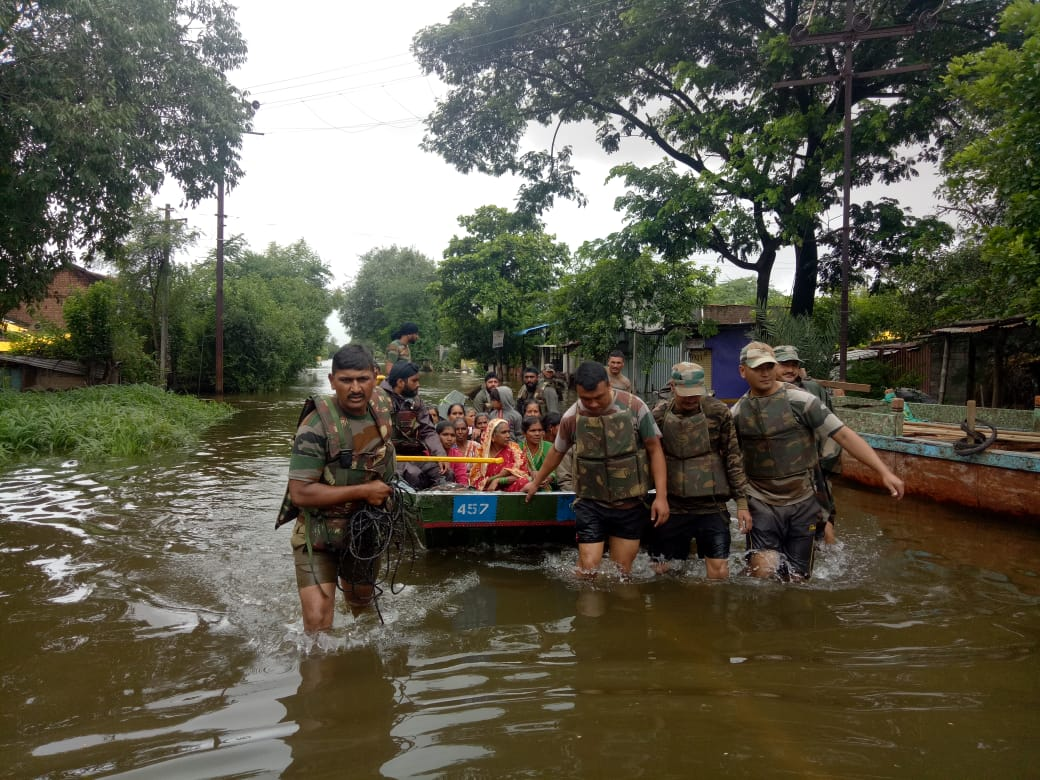 Indian Army Intensifies Flood Relief Operations in Maharashtra