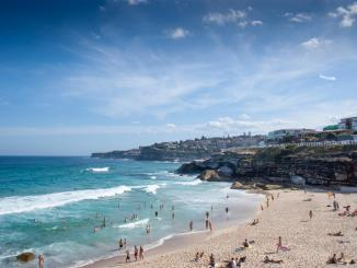 Urban beaches are environmental hotspots for antibiotic resistance after rainfall