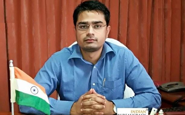 Ravi Jha IAS AGMUT